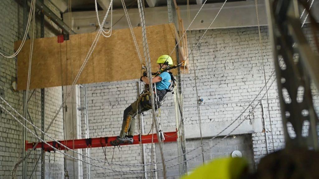 Tööstusalpinistid tööst kõrgustes: tegutseme kohtades, kuhu muudmoodi ligi ei pääse